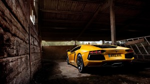 yellow_lamborghini_aventador_2-HD